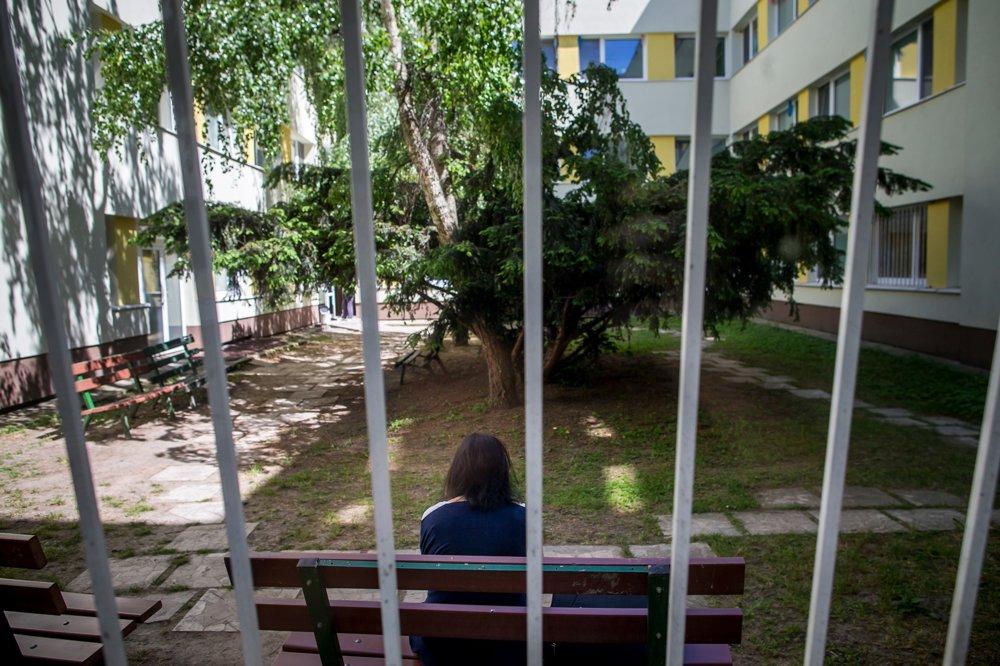 Na psychiatriu sa najčastejšie dostanú osoby vo veku 45 až 64 rokov. V roku 2016 tvorili 36 percent z celkových hospitalizácií.