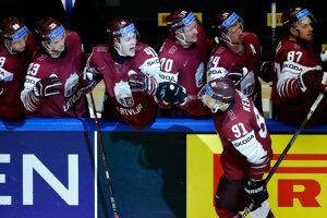 Lotyš Ronalds Keninš sa raduje zo svojho gólu.