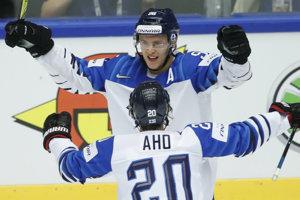 Na čele kanadského bodovania hokejových MS je aj po deviatom hracom dni dvojica fínskych útočníkov Sebastian Aho a Teuvo Teräväinen.