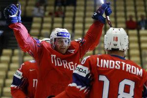 Reprezentanti Nórska oslavujú gól do siete Kórejskej republiky.