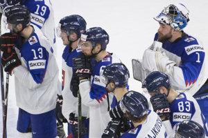 Slovenskí hokejisti kľúčový zápas nezvládli.