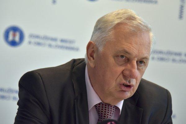 Predseda Združenia miest a obcí Slovenska a starosta Štrby Michal Sýkora.