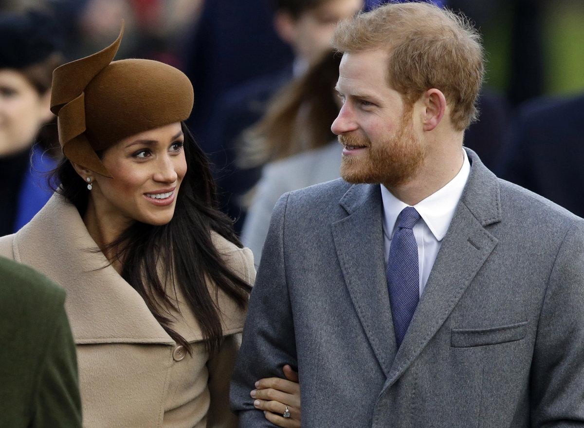 5f0a07c1d342 Svadba Harryho a Meghan  Kráľovná sa stretla s matkou - Žena SME
