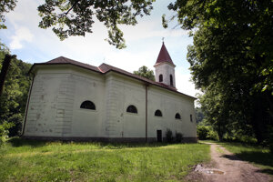 Kostol v Moštenici.