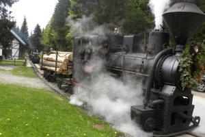 V Kysuckom skanzene oslávia dnes Deň železnice.