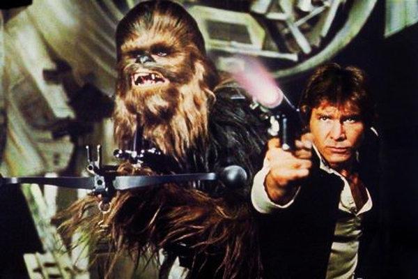 Harrison Ford ako Han Solo a jeho parťák Chewbacca.