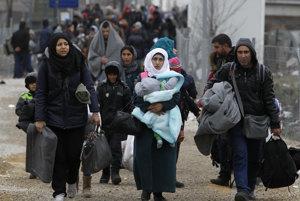 Gr�ci dostali ultim�tum. Bu� postr�ia ute�encov, alebo s� mimo Schengenu
