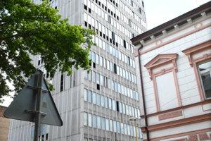 Budova bývalého daňového úradu patrí dodnes medzi najvyššie stavby v Košiciach.