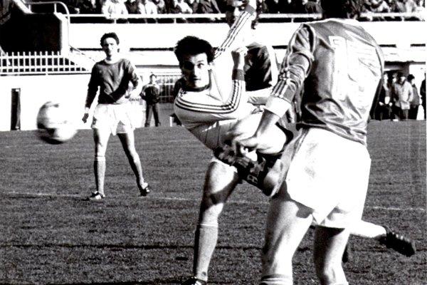 Dušan Borko hrával v útoku, ale časť kariéry strávil aj na poste stredného obrancu.