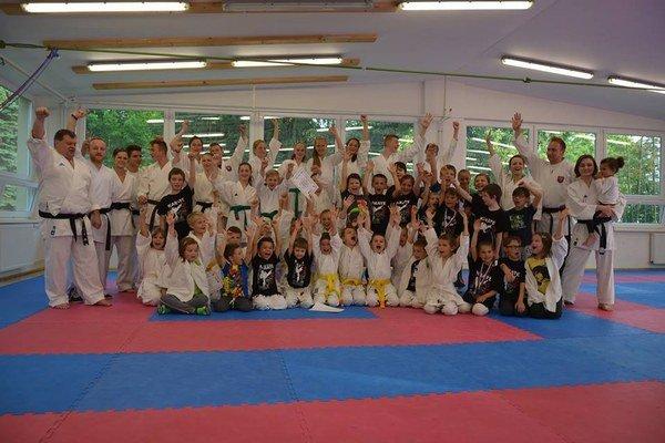 Karatisti z Karate klubu Žilina.
