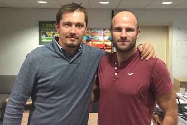 Vladimír Škoda (vpravo) s Imrem Valáškom, manažérom MsHK DOXXbet Žilina.