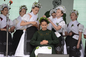 Na snímke spevácka skupina Šafolka zo Smižian počas 27. ročníka Smižianskych folklórnych slávností.