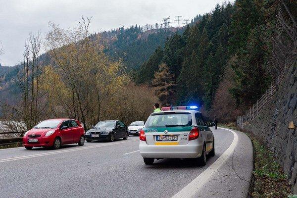 Policajti na žilinských cestách kontrolovali vodičov aj cyklistov.