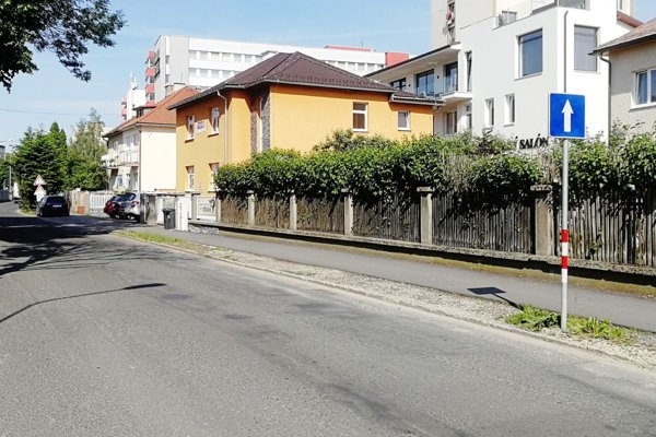 Karpatská ulica je opäť jednosmerná.