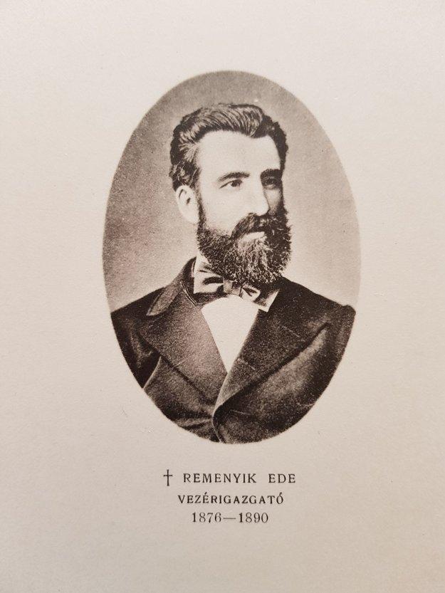Podobizeň Eduarda Remeníka v pamätnej knihe novej budovy sporiteľne v Jelšave z roku 1904.