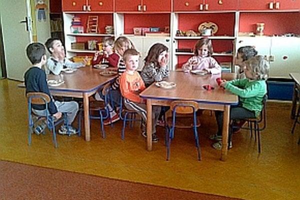 Škôlkari v Mestečku.