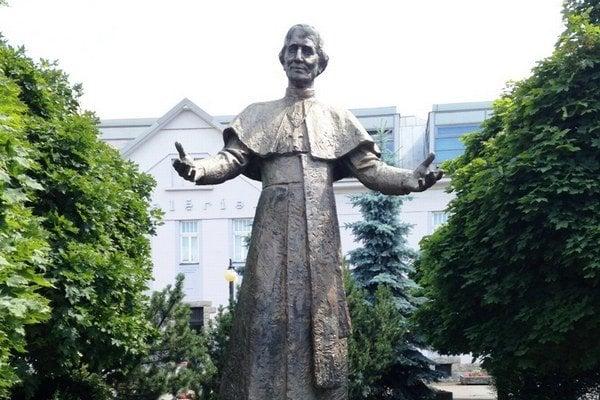 Socha Andreja Hlinku na rovnomennom námestí v Žiline.