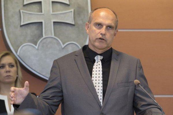 Milan Lučanský je dočasným prezidentom Policajného zboru SR.