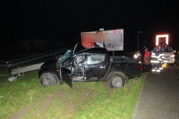 Vodič sa pri nehode zranil ľahko.