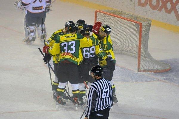 Gólová radosť hráčov MsHK Žilina.