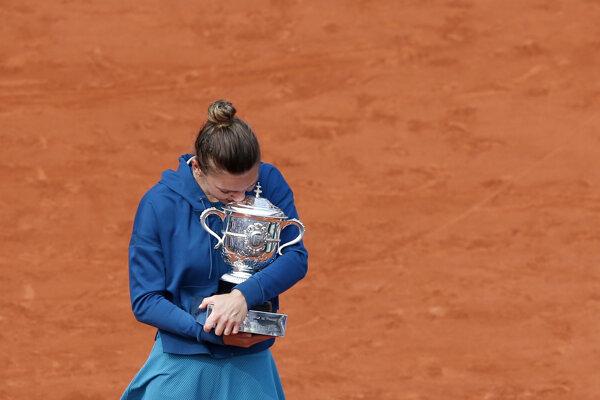 Simona Halepová triumfovala na Roland Garros.