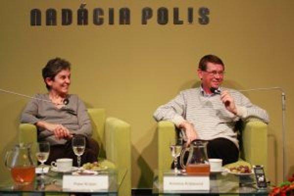O živote a zomieraní diskutovali v Nadácii POLIS lekári Kristína a Peter Križanovci.