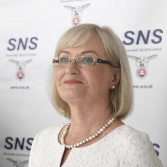 Eva Smolíková z SNS.