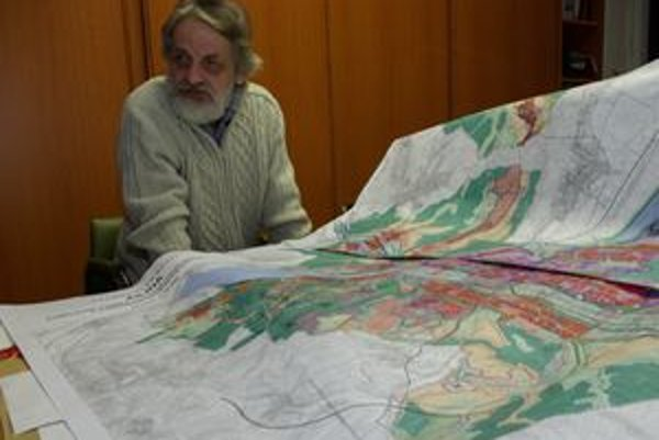 Územný plán a jeho autor V. Barčiak. 18 rokov trvalo od zadania po jeho dokončenie.