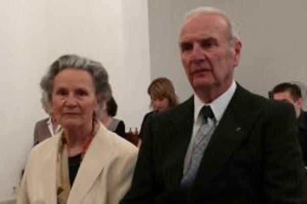 Mária a Vladimír Chobotovci. Pred šesťdesiatimi rokmi si sľúbili lásku a úctu. Dodržali to