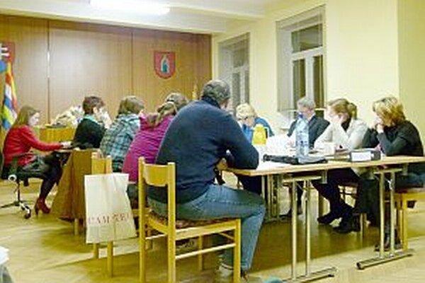 Poslanci rozhodovali o najdôležitejšom dokumente obce.