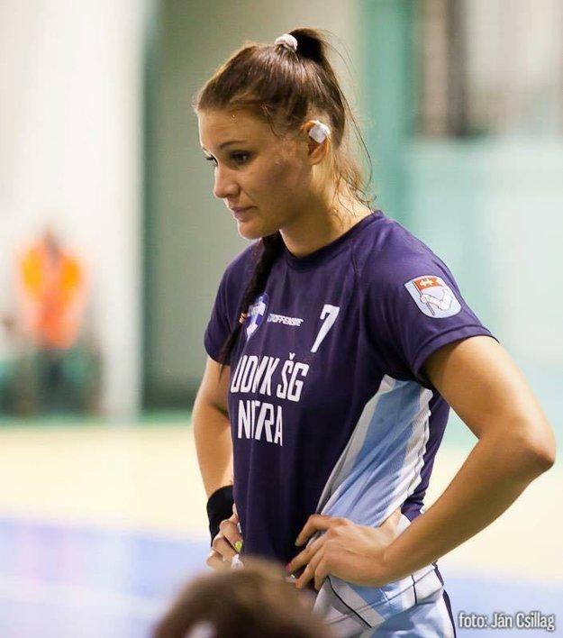 Stredoškolské roky strávila v drese UDHK Nitra.