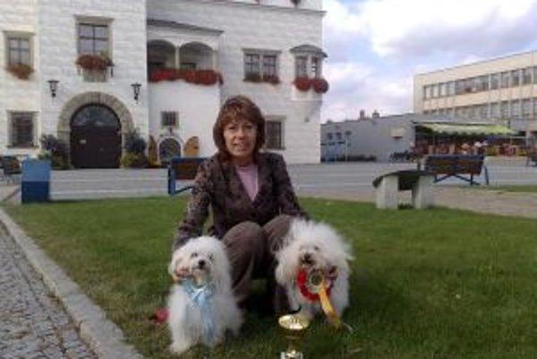 Bolonskí psíci v Kyjove. Domov si odtiaľ odniesli ďalšie ocenenia.