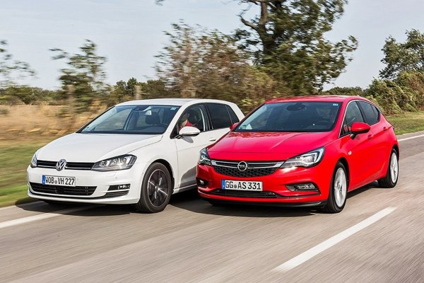 Volkswagen Golf, najpredávanejšie auto v Európe, vedľa Oplu Astra.