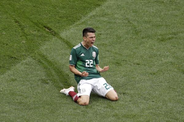 Hirving Lozano oslavuje víťazný gól Mexika proti Nemecku.