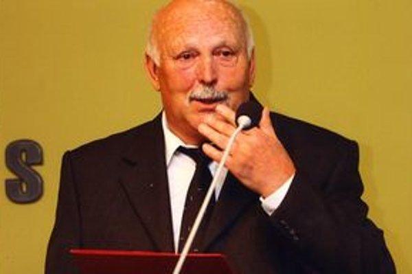 Dušan Ondruš dnes oslavuje krásnych sedemdesiat päť rokov života.