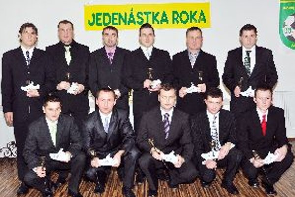 Horný rad: Š. Brežný, M. Krkoška, M. Samec, M. Stromček, J. Škorvánek, P. Kahát.Dolný rad: B. Bujný, M. Čupec, M. Mazák, M. Mozolík, P. Bistiak.