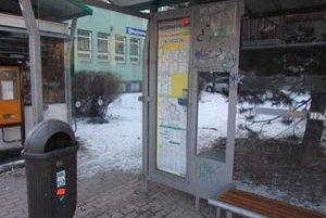 Aj MHD má zlé skúsenosti s vyčíňaním vandalov.