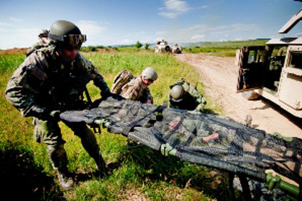 Vojaci z 5. pluku špeciálneho určenia. Na jeseň 20 z nich oddíde do Afganistanu.