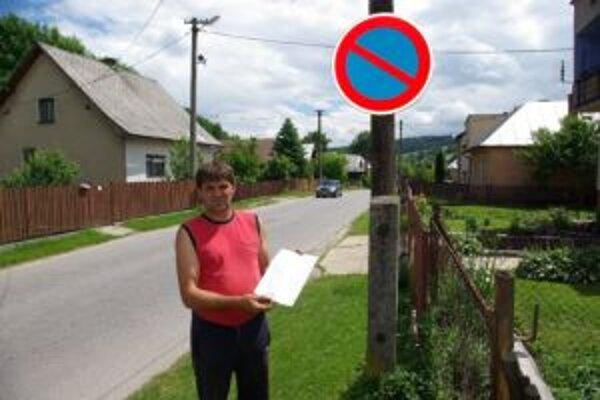 Milan Škritek proti zákazu spísal petíciu.