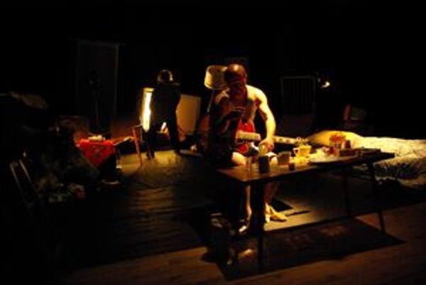 Z predstavenia Skrat - Mŕtve duše.