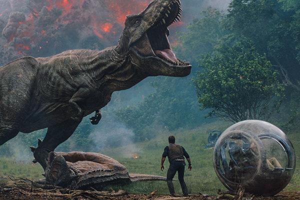 Najsilnejší bod filmu Jurský svet: Zánik ríše príde vtedy, keď na ostrove s dinosaurami vybuchne sopka.