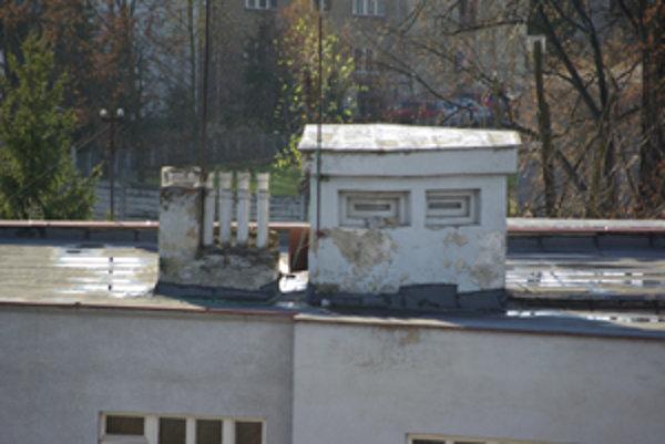 Objekt na streche v Žiline - systém protileteckej ochrany mesta?