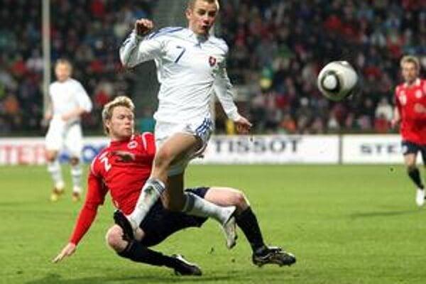Vladimír Weiss ml. v akcii v zápase s Nórskom.