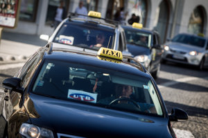 Pravidlá pre taxi služby sa zmenia.