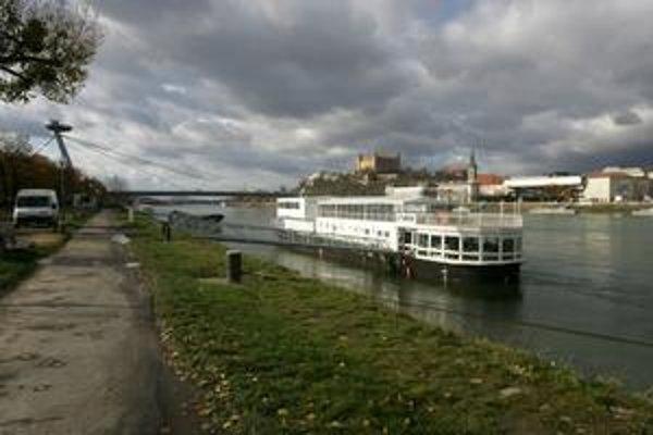 Loďou sa už možno čoskoro budete môcť dostať z Komárna až do Žiliny.
