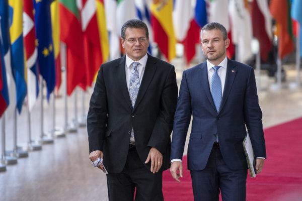 Pellegrini (Smer) vyjadril Šefčovičovi plnú podporu