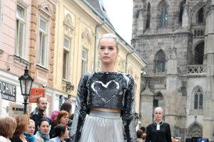 Po druhý raz sa prezentovala aj návrhárka z Budapešti Noemi Braz.