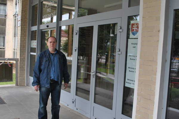 Jozef Horváth sa vrátil na súd, ktorý ho pred 23 rokmi odsúdil za brutálnu vraždu.