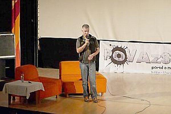 O medveďoch a ľuďoch hovoril na festivale hôr a cestovania v Považskej Bystrici dokumentarista Pavol Barabáš.