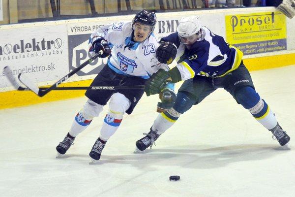 Hokejové kluby podporilo mesto výhodným nájmom.